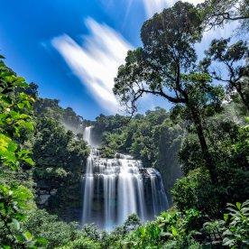 Wanderung durch das Land der Wasserfälle