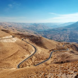 Kurvenspaß auf den Spuren antiker Völker