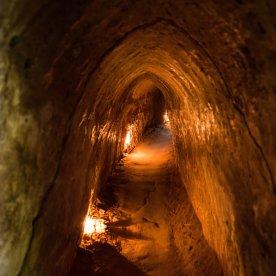 Versteckte Tunnelsysteme des Vietnamkriegs besichtigen