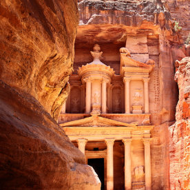 Die sagenumwobene Felsenstadt Petra