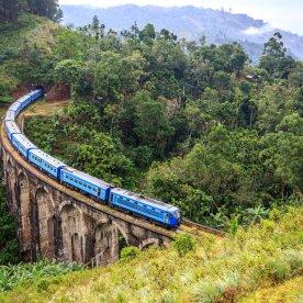 Mit dem Ceylon Train durchs Hochland