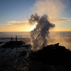 Blowholes: Bis zu 10 Meter hohe Wasserfontänen
