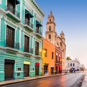 MX.POI.Yucatan Merida Die bunten Häuser in Merida