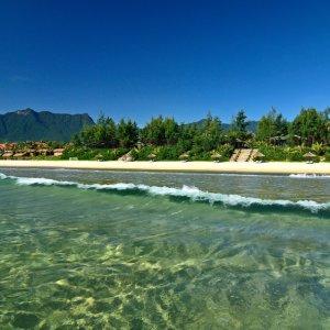 VN.Lang Co Beach Blick auf das glasklare Wasser des Meeres und den Strand
