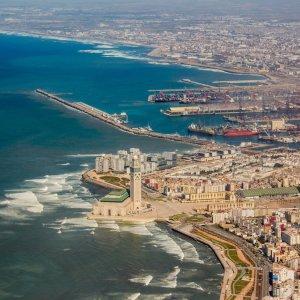"""MA.Casablanca Luftaufnahme der Küstenregion von Casablanca inklusive der Moschee """"Hassan II Moschee"""""""