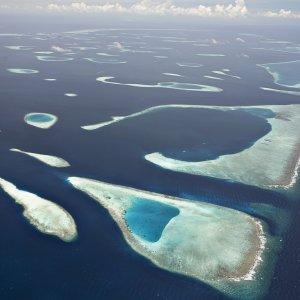 MV.Nord_Male_Atoll Luftaufnahme der Lagunen der Region Nord-Malé-Atoll, Malediven
