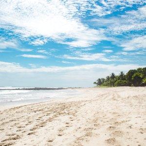 CR.Mal_Pais_Santa_Teresa_Playa_Carmen Der Blick über den weißen Sandstrand von Playa Carmen.