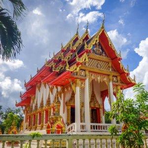 TH.AR.Khao Lak Wat Lak Kaen Tempel Blick auf den Wat Lak Kaen Tempel bei Tag