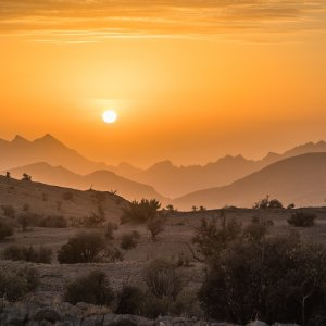 OM.Hadschar Gebirge Jebel Akhdar Hadschar Gebirge bei Sonnenuntergang