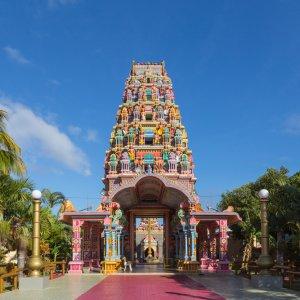 "MU.Port Louis Tempel Bunt leuchtender Hindutempel ""Kalaisson-Tempel"" in Port Louis, Mauritius"