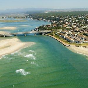 ZA.Port_Elizabeth Luftaufnahme der Küste und angrenzenden Region von Port Elizabeth, Südafrika