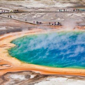 US.AR.Yellowstone Nationalpark 1 Blick auf das große Thermalbecken im Nationalpark