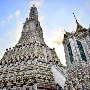 "Der ""Phra Prang"" im Tempel Wat Arun in Bangkok"