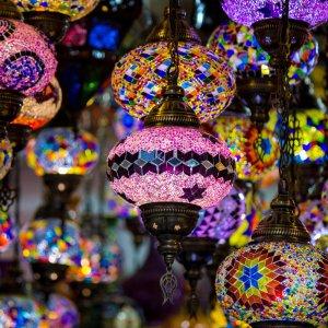 OM.Muttrah Souk 5 Hängende traditionelle Lampen
