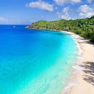 "SC.Mahe.Anse Soleil Paradiesischer Strand ""Anse Soleil"" auf Mahé, Seychellen"