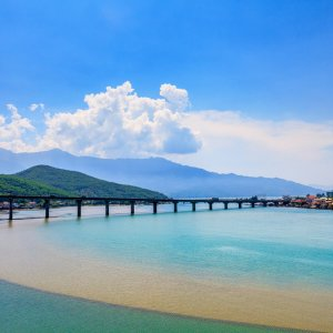 VN.Lang Co Brücke Blick auf eine Brücke im Meer
