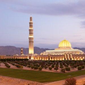 OM.Sultan Qaboos Grand Moschee 3 Sultan Qaboos Grand Moschee bei Nacht