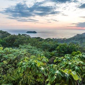 CR.Nationalpark Manuel Antonio 1 Ausblick auf die tropischen Wälder des Manuel Antonio Nationalparks