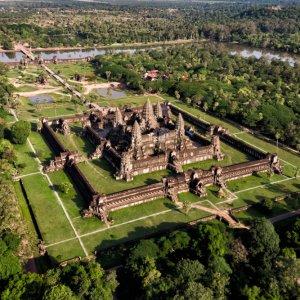 KH.Angkor_Wat_Tempel_Aerial_View Ansicht von Oben auf den Tempel von Angkor Wat