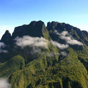 RE.POI.Réunion Nationalpark 3 Blick auf die Berge des Nationalparks