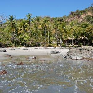 CR.Montezuma_Strand Der Blick auf die Küste von Montezuma.