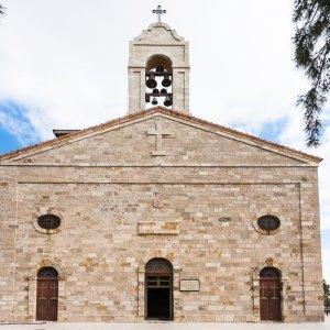 JO.Madaba_St.Georgs-Kirche Der Blick auf die St.Georgs-Kirche in Madaba, Jordanien.