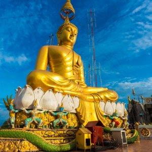 TH.AR.Krabi Big Golden Buddha Blick auf die Big Golden Buddha Statue