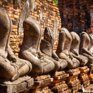 TH.AR.Sukhothai Wat Mahathat Statuen des Wat Mahathat Tempels