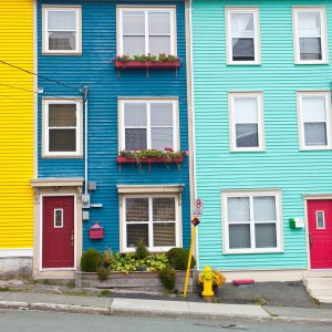 Kanada Neufundland Newfoundland bunte Häuser Jellybean Row Houses Hafenstadt St.Johns