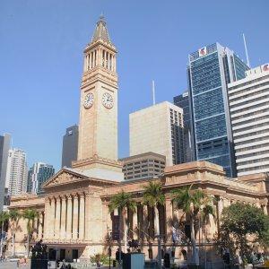 AU.Brisbane_City_Hall Der seitliche Blick auf die historische City Hall von Brisbane.
