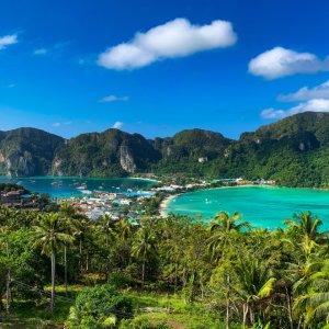 TH.AR.Ko Phi Phi Ausblick Blick vom Aussichtspunkt auf die Insel Ko Phi Phi
