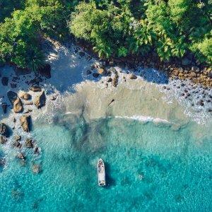 SC.Silhouette Luftaufnahme der unberührten Strand Region von Silhouette Island, Seychellen