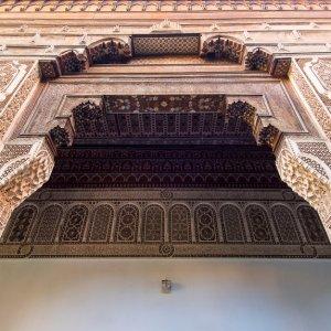 MA.Bahia_Palast_Details Filligran geschnitzte Holzdetails an den Säulen des Bahai-Palast