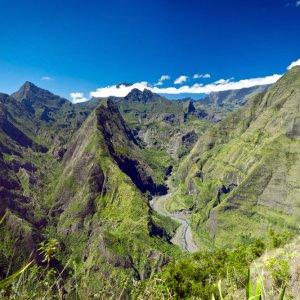 RE.POI.Réunion Nationalpark Blick auf die Landschaft in Nationalpark
