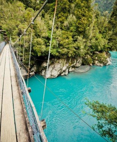 NZ.Hokitika_L