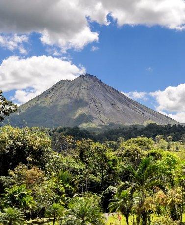 CRI.Arenal_volcano