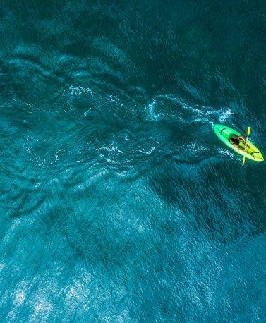 CRI.Kayak