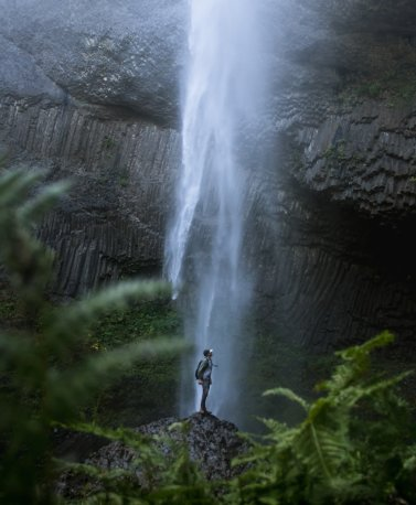 1_Waterfall in South Africa with Hiker