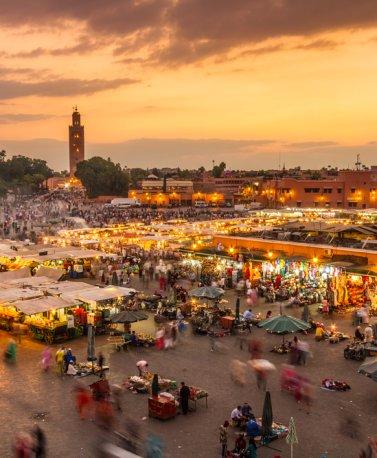 MAR.Marrakesch.Markt bei Sonnenuntergang