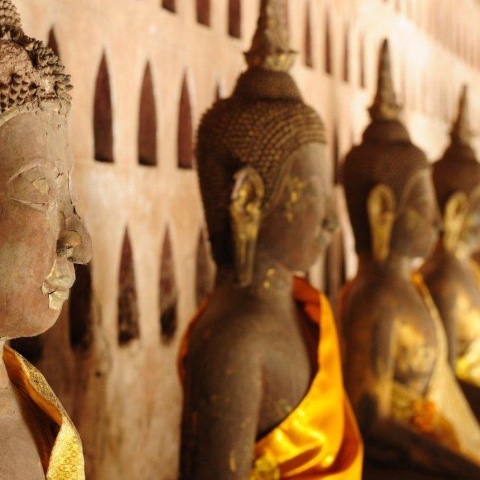 LAO. Vientiane. Buddhas