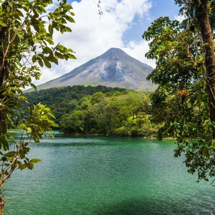 CRI.La Fortuna.Arenal See + Vulkan