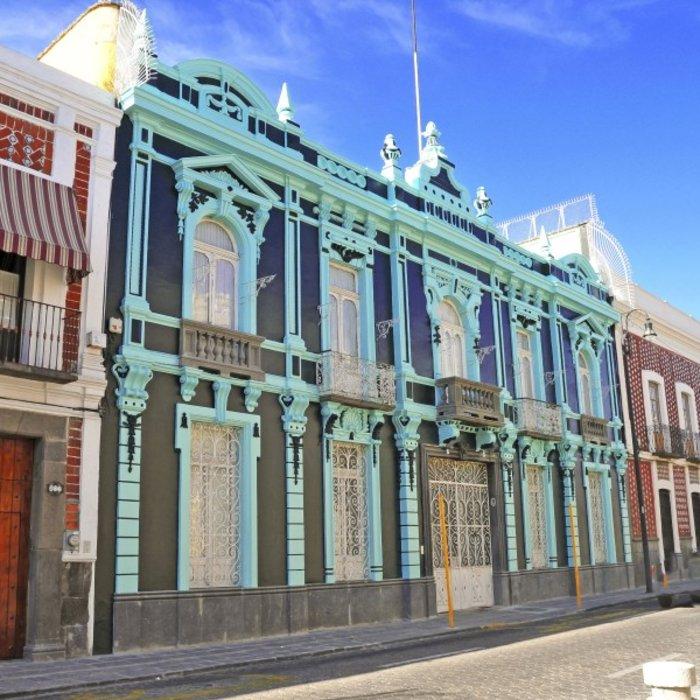 MEX.Puebla.Bunte Fassaden