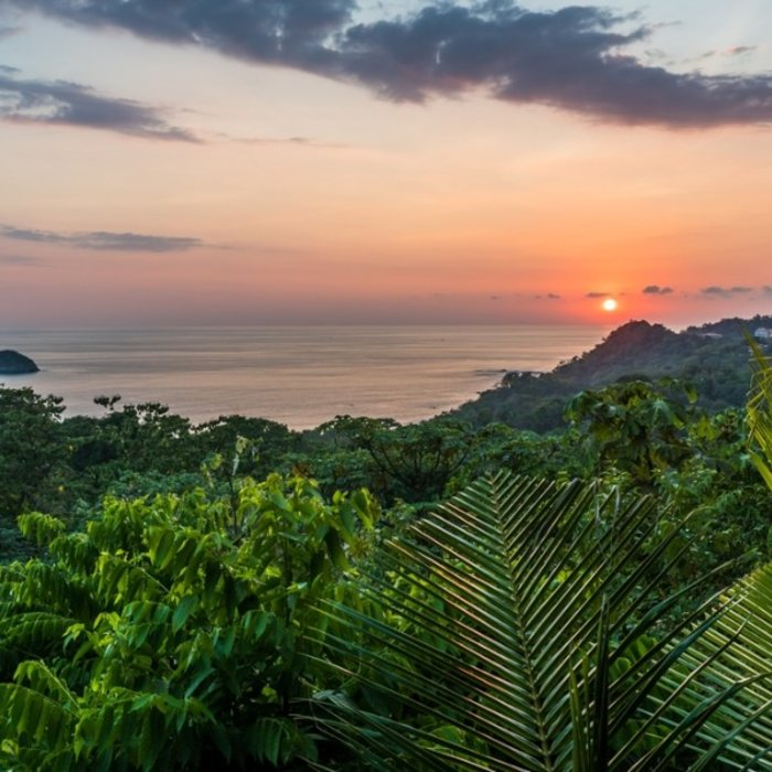 CRI.Sunset Manuel Antonio