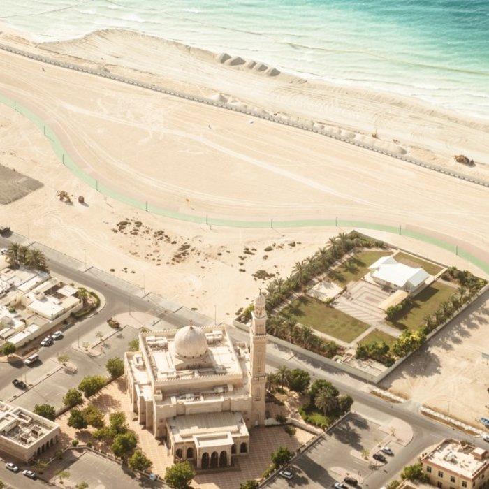 VAE.Ras Al Khaimah.Moschee Strand