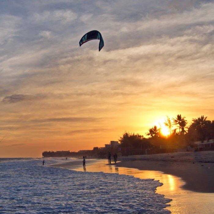 VNM.Mui Ne.Kite Surfer am Strand