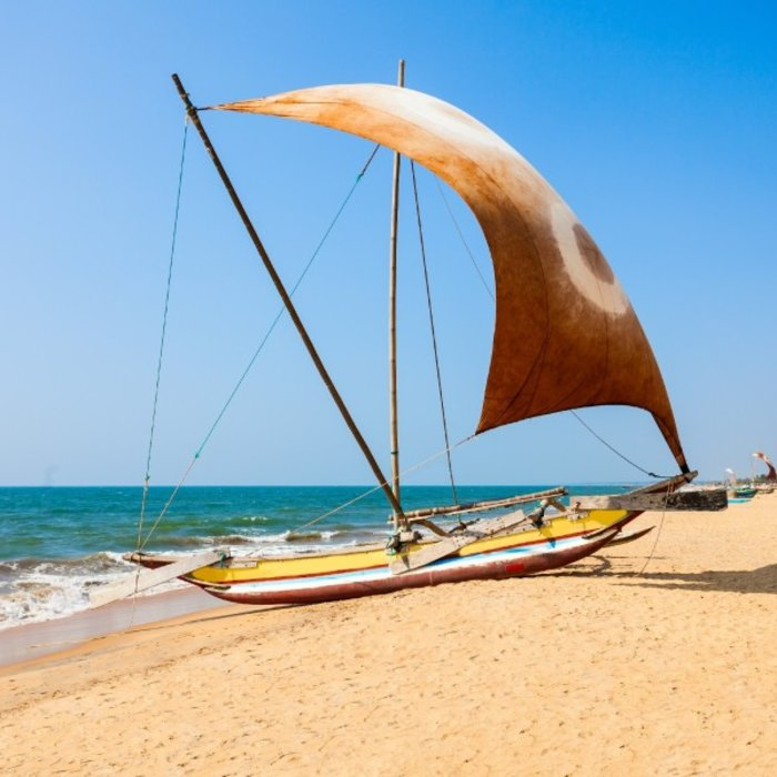 LKS.Negombo beach
