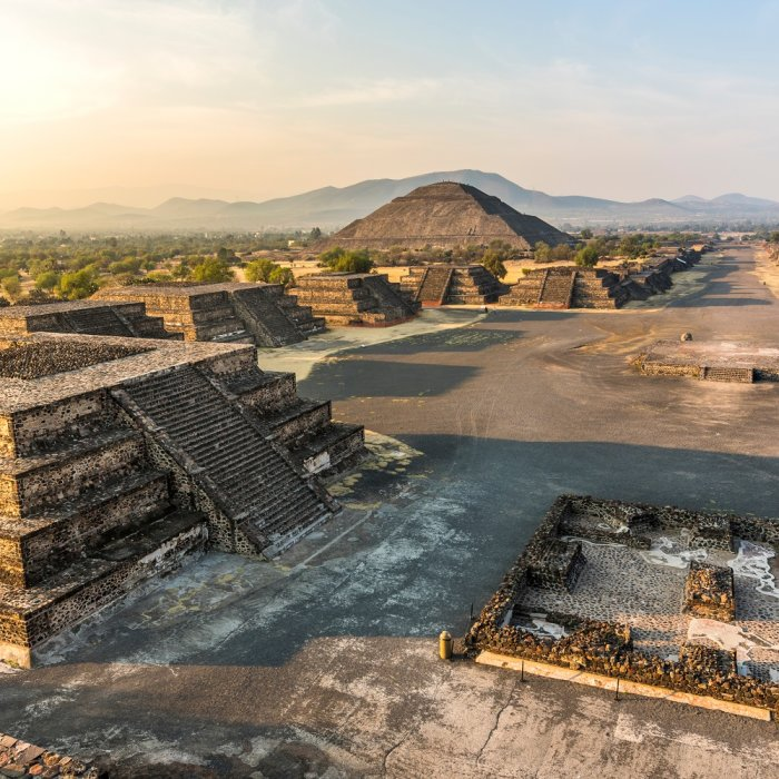 Blick auf die Sonnenpyramide