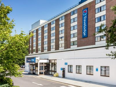 Hotels Near Coronation Street Tour