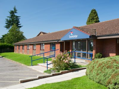Travelodge Alton Four Marks