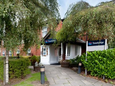 Travelodge Warrington Lowton